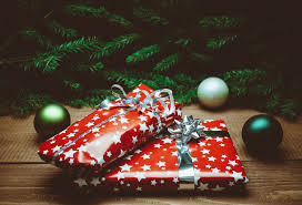 great gifts for women best holiday gifts for women in their 20s 30s 40s or above