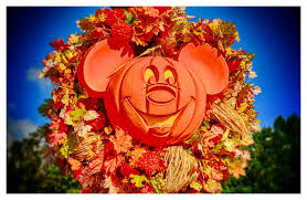 disney photo fun friday u2013 halloween mickey wreath memory maker mom