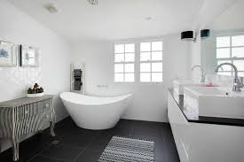 White House Bathtub 30 Master Bathrooms With Free Standing Soaking Tubs Pictures
