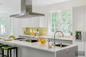 white gloss glass kitchen cabinets boston weston modern contemporary leicht kitchen