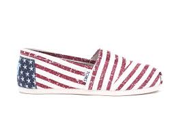 petal grosgrain toms women s shoes toms women s petal grosgrain classics 55 69