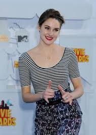 awn awards shailene woodley at 2015 mtv movie awards in los angeles hawtcelebs
