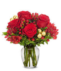 Red Flowers In A Vase Golden Ruby Christmas At From You Flowers