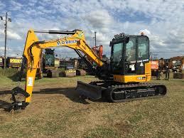 bruder excavator excavator hyundai excavator new holland skid new holland with