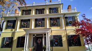 sunday in new york tamara s journeys the granger mansion is a three story federal style home built in 1815
