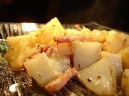 cuisiner les topinambours marmiton topinambours braises aux petits lardons les délices d hélène
