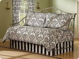 Design For Daybed Comforter Ideas Amazing Of Design For Daybed Comforter Ideas Images About Room