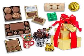 top 3 corporate gift ideas that can make you popular in business