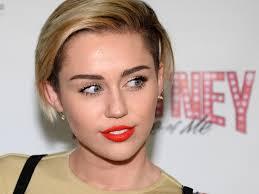Miley Cyrus Turkey Meme - 36 celebrities who had twitter feuds that were incredibly awkward