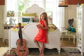 Bedroom Furniture Long Island by Long Island Smartstuff Furniture Collections For Children The