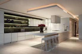 le led pour cuisine 38 idées originales d éclairage indirect led pour le plafond
