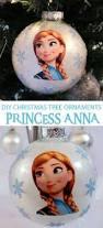 Frozen Christmas Light Show by Best 25 Frozen Christmas Tree Ideas On Pinterest Frozen