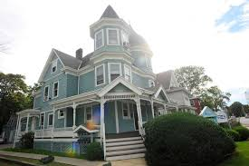 queen anne style home queen anne style home a throwback to stamford s earlier days