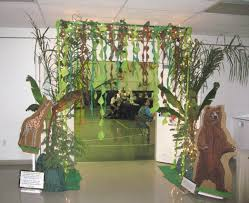 decorating with a modern safari theme interior design simple jungle theme decor designs and colors