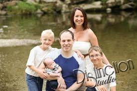 Spokane Photographers Distinction Studio Sneak Peek Storhaug Family