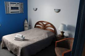 reserver chambre hotel hôtel à caudebec en caux réserver une chambre pour 4 personnes
