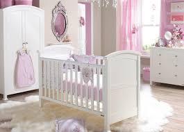 comment décorer la chambre de bébé fille dar déco décoration
