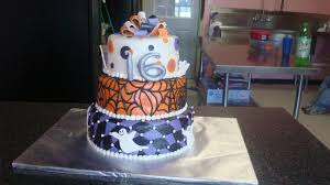 Cakes For Halloween by 5 Times As Sweet Cakes Halloween Sweet 16