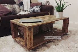 Diy Pallet Sofa Table Diy Pallet Coffee Table Wheel