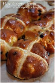 cuisine anglaise traditionnelle cross buns pâtisserie anglaise traditionnelle à pâques au