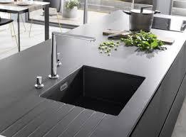 plan de travail cuisine ceramique plan de travail brayé l de vivre cuisines literie meubles