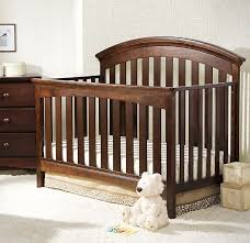 Delta Bentley Convertible Crib Delta Children Bentley 4 In 1 Convertible Crib Chocolate