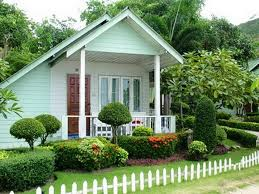 House And Garden Ideas Beautiful Homeswith Gardens Mesmerizing White And Green House