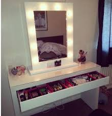 tips vanity desk with lights vanity table for sale bedroom