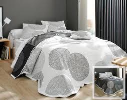 jeté de canapé alinea boutis couvre lit dessus de lit jeté de lit becquet