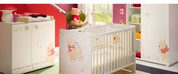 deco chambre winnie l ourson tasty chambre winnie l ourson fille id es de design chemin e by