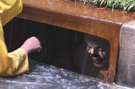 film it clowns fear stephen king horror film it will kill their business