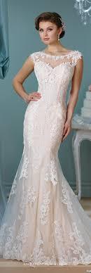 wedding dress no illusion neckline wedding dress illusions ivory white and lace