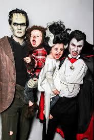 Vampire Slayer Halloween Costume 20 Amazing Celebrity Family Halloween Costumes Dorkly
