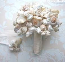 wedding bouquets with seashells 79 best seashell wedding bouquet images on bridal