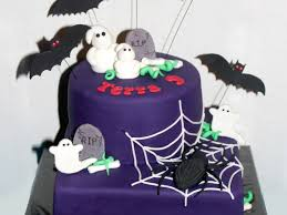 halloween cakes to make for a birthday a halloween cake in january the spider was