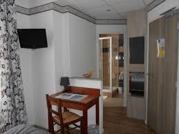 trouver un hotel avec dans la chambre réserver une chambre d hôtel avec petit déjeuner buffet continental