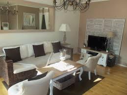 cuisine brun et blanc cuisine floors and walls my salon light lovely
