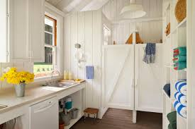 rustic country style bathhouse heidi richardson hgtv