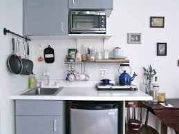 small apartment kitchen ideas best 25 studio apartment kitchen ideas on small