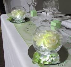 Goldfish In A Vase Centrepieces With Fresh Flowers Flower Vases Goldfish Bowls