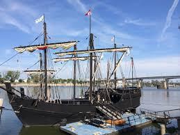 nina pinta ships dock in lr