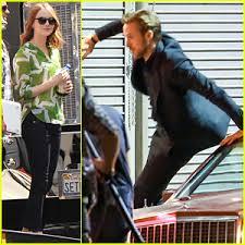 ryan gosling emma stone couple film ryan gosling chases after emma stone on la la land set emma