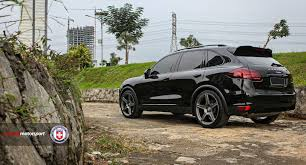 Porsche Cayenne With Rims - porsche cayenne with tr105 in satin charcoal hre performance wheels