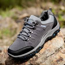 men outdoor sports mountaineer on foot waterproof breathable wear