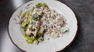 et sa cuisine filet de saumon et sa fondue de poireaux aux algues la cuisine de
