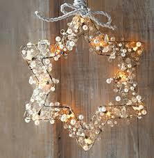 50 trendy and beautiful diy christmas lights decoration ideas in 2017 25 six pointed star wrapped wreath