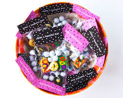 candy bags halloween free printable diy halloween candy bag toppers u2014 a charming project