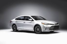 toyota all cars refreshed 2016 toyota avalon breaks cover in chicago