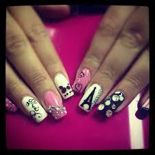 ooh la la nails eiffel tower nails paris nails and la nails