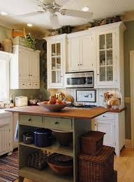 Country Cottage Kitchen Ideas Best 25 Small Cottage Kitchen Ideas On Pinterest Cozy Kitchen